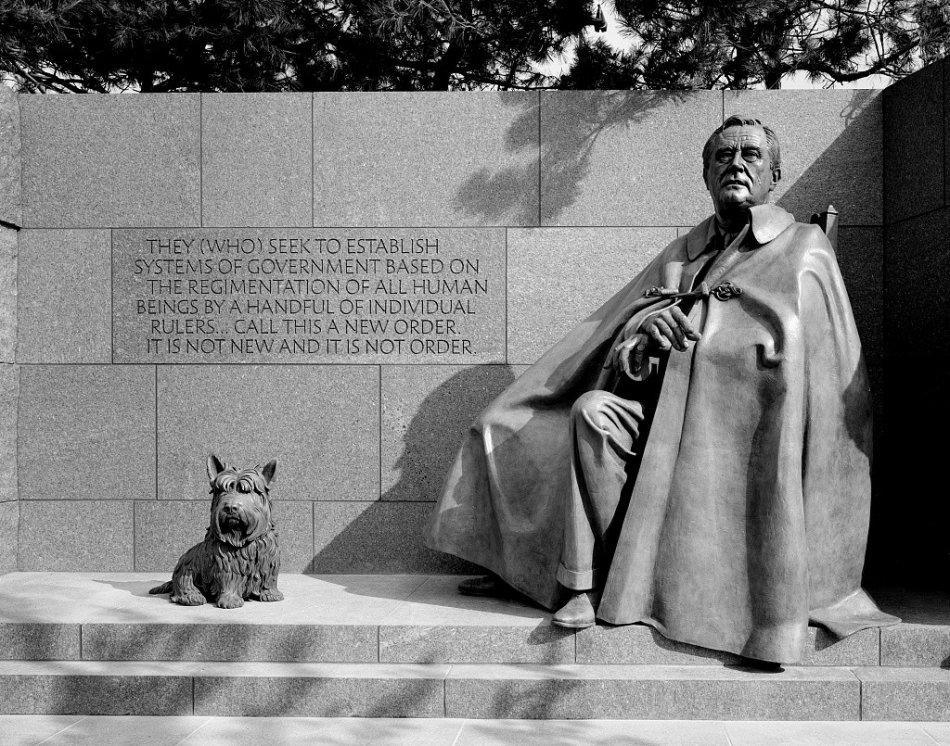 Памятник собаке Франклина Рузвельта фото
