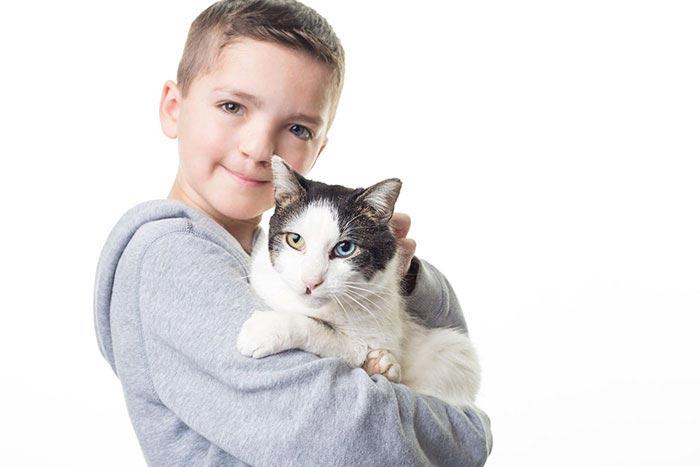 кот,ребенок,болезнь