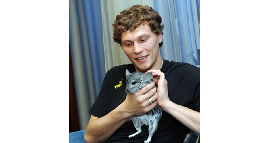 Пятов-Андрей-вратарь-донецкого-футбольного-клуба-Шахтер-и-сборной-Украины-