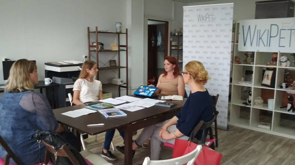 Первый в Беларуси круглый стол, посвященный проблеме опытов над животными фото