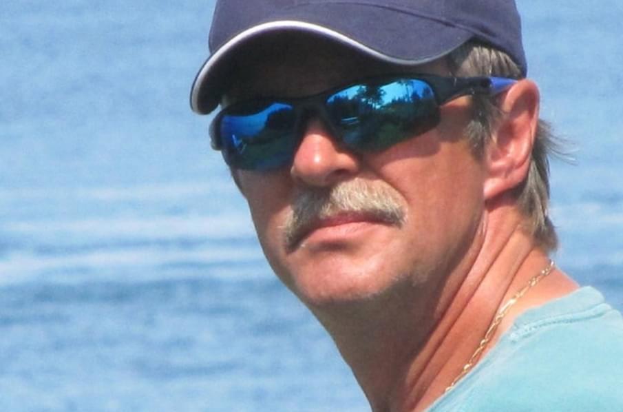 Джо Хоулетт спаситель китов фото