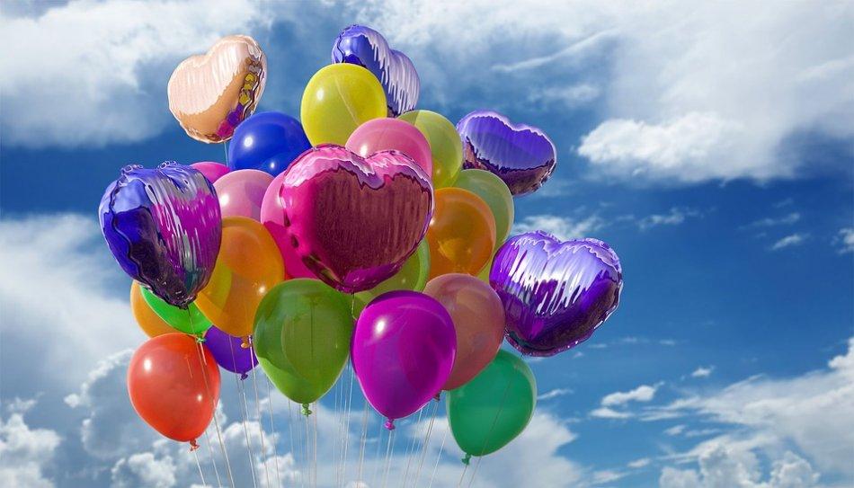 Воздушные шары в небе фото